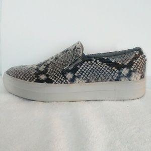 Steve Madden sneakers faux snakeskin size 9